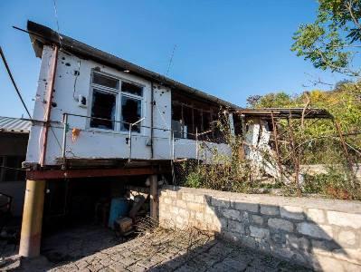 Photo of Ադրբեջանի զինված ուժերի հրետակոծության հետեւանքները Սարուշեն եւ Խաչմաչ գյուղերում