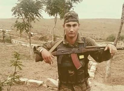 Photo of Ոտքից վիրավոր մինչև վերջ շարունակել է մարտը. պատերազմում զոհված Վլադ Ավետիսյանը Ապրիլյանի մասնակից էր