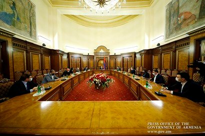 Photo of Նիկոլ Փաշինյանի հանդիպումն արտախորհրդարանական ուժերի հետ ավարտվեց