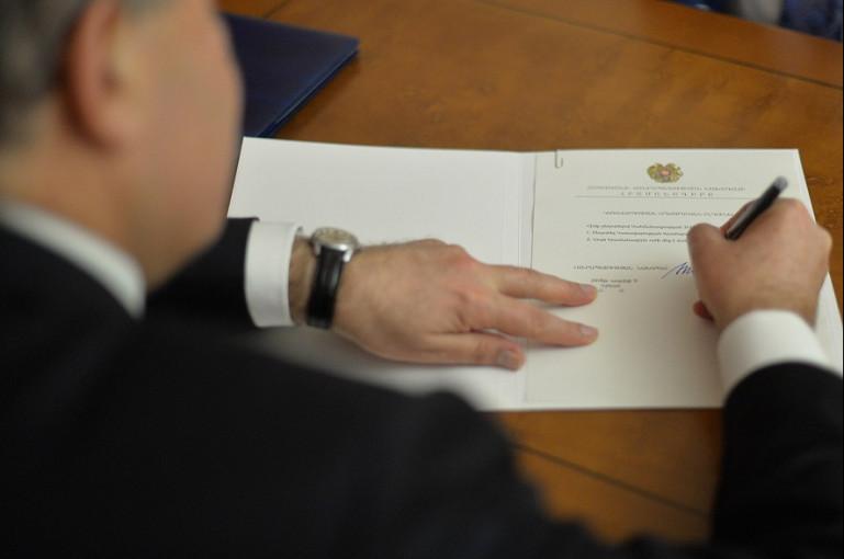 Photo of Արմեն Սարգսյանի հրամանագրով՝ Աշոտ Բալասանյանին շնորհվել է գեներալ-մայորի զինվորական կոչում