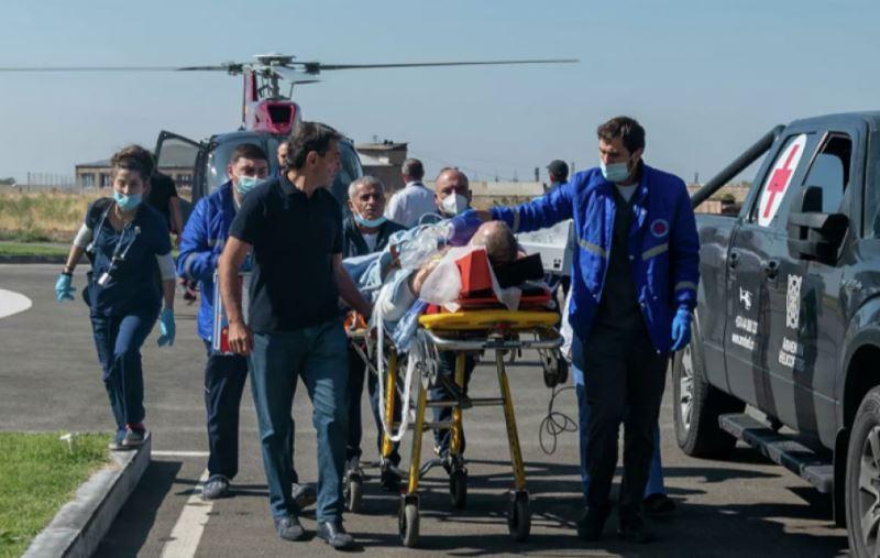 Photo of Раненных в результате артобстрела Шуши российских журналистов перевезут в Москву