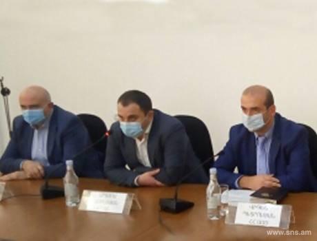 Photo of Աշխատանքային հանդիպում կորոնավիրուսային հիվանդության (COVID-19) հայտնաբերման նպատակով լաբորոտոր հետազոտություն իրականացնող բժշկական հաստատությունների ներկայացուցիչների հետ