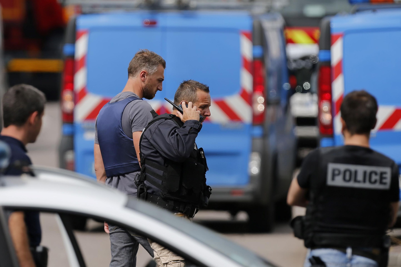 Photo of В Лионе произошла стрельба возле православной церкви, ранен священник