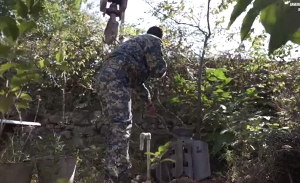 Photo of Արցախում շարունակվում է ռումբերի և հրթիռների որոնման ու դրանց ոչնչացման աշխատանքները