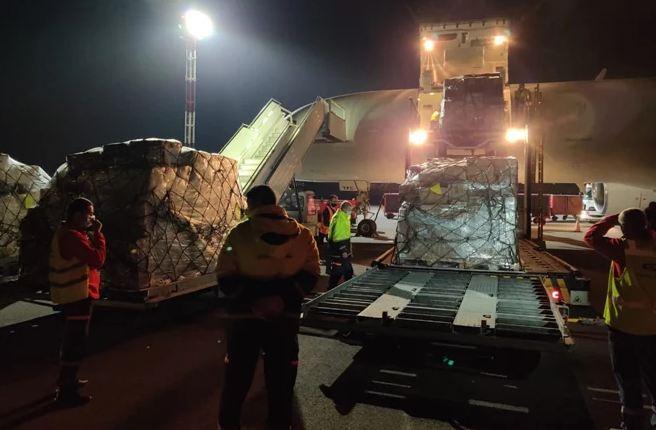 Photo of Из Германии и Франции в Армению прибыло 25 тонн гуманитарной помощи