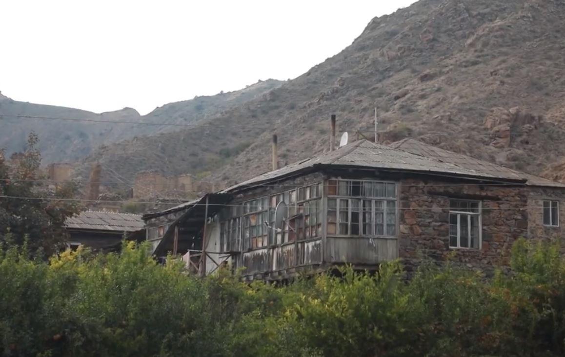 Photo of Նռնաձոր. պատերազմի թիկունքում գտնվող գյուղը
