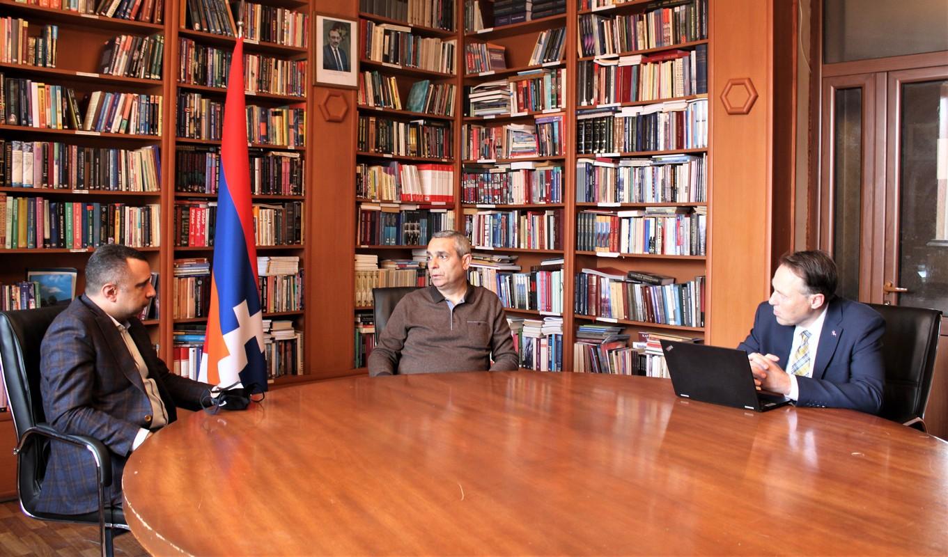 Photo of Министр иностранных дел Республики Арцах встретился с общественно-политическими деятелями Канады и Исландии