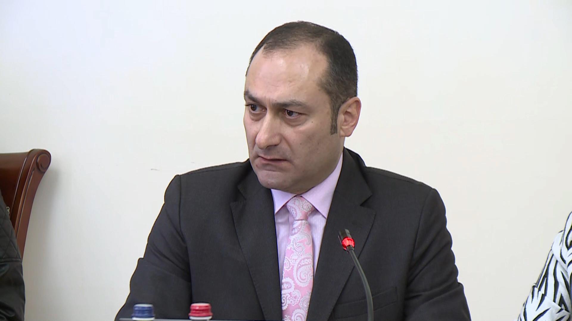 Photo of Խնդրում եմ ադրբեջանական ծագման որևէ տեղեկատվություն չտարածել․ Անհրաժեշտության դեպքում ինձ ուղարկեք՝ անհատապես․ Արտակ Զեյնալյան