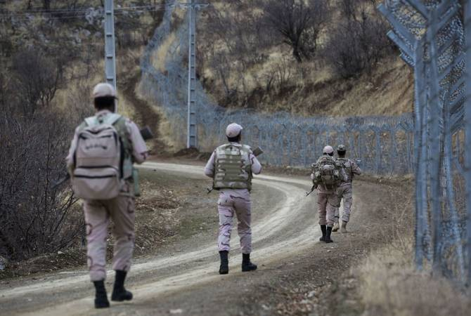 Photo of Трое иранских пограничников погибли в бою с боевиками из Азербайджана