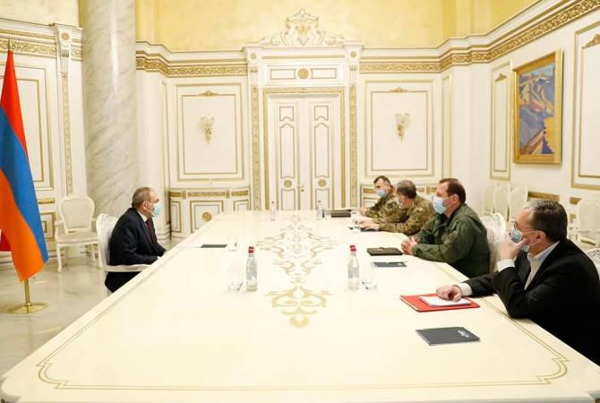 Photo of Փաշինյանը ԱԳ և պաշտպանության նախարարների, ԶՈՒ ԳՇ պետի հետ քննարկել է ԼՂ-ի շուրջ ստեղծված իրավիճակը