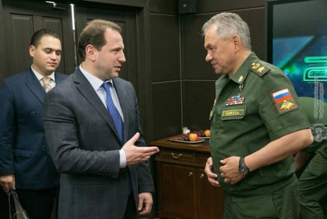 Photo of Тоноян и Шойгу обсудили вопросы, связанные с деятельностью миротворческого контингента РФ в НКР