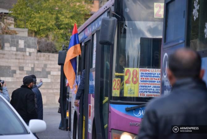 Photo of Ստեփանակերտ անվճար ուղևորվող ավտոբուսները դեկտեմբերի 1-ից կվերսկսեն  ուղերթները