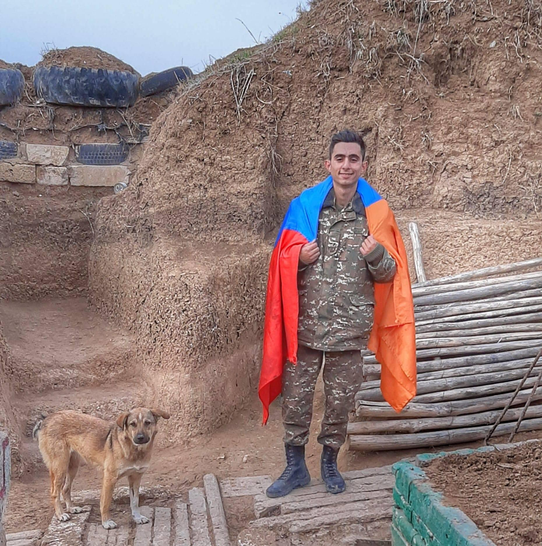 Photo of «Ուզում եմ ծառայել հայրենիքիս. կգամ ձեզ կտեսնեմ, կարոտս կառնեմ, բայց էլի հետ կգնամ». 23-ամյա լեյտենանտը զոհվեց հանուն հայրենիքի