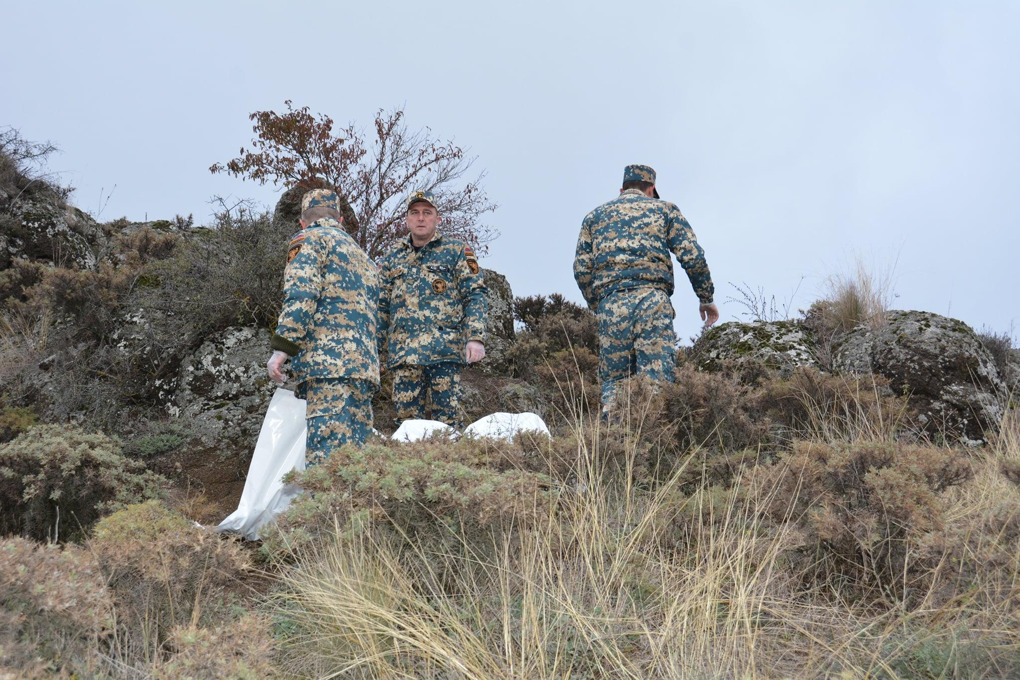 Photo of Спасатели Арцаха приняли участие в работах по поиску и обмену телами погибших военнослужащих