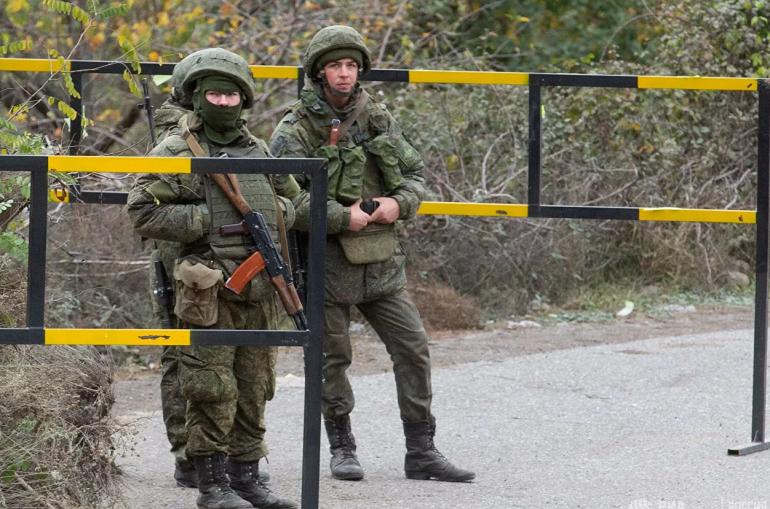 Photo of «Ռուս խաղաղապահները սկսել են պարեկություն իրականացնել ԼՂ-ի «հյուսիս» և «հարավ» պատասխանատվության գոտիներում»․ ՌԴ ՊՆ