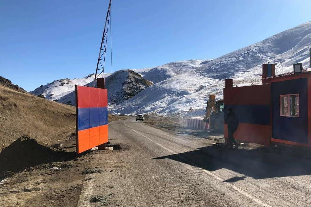 Photo of Через несколько часов ворота в Карвачар из Армении закроются