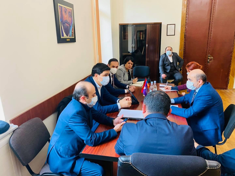 Photo of ԼՀԿ խմբակցության պատգամավորները հանդիպել են ՄԻԵԴ-ում ՀՀ ներկայացուցչի հետ