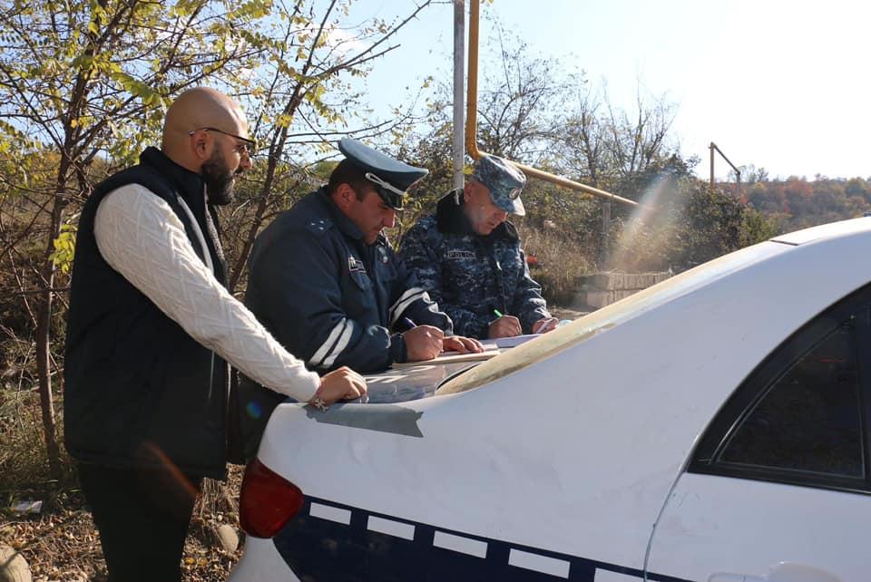 Photo of ԱՀ ոստիկանությունը հատուկ անցակետերում իրականացնում է ուժեղացված ծառայություն