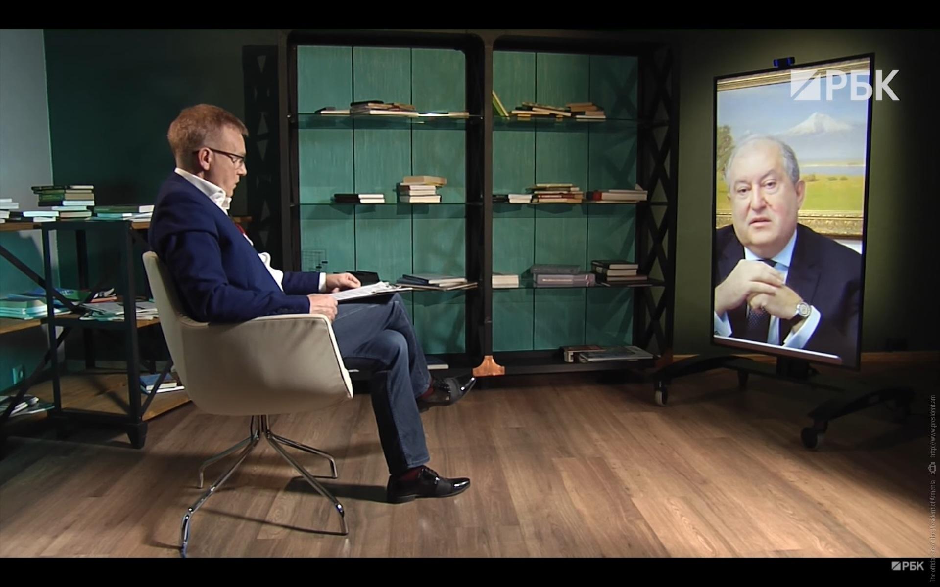 Photo of Президент Саркисян в интервью РБК объяснил, почему Армения не признает Нагорный Карабах