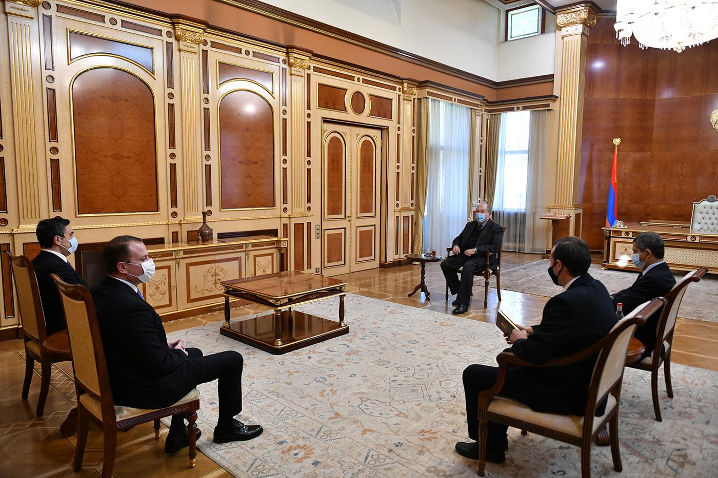 Photo of Նախագահ Արմեն Սարգսյանը շարունակում է քաղաքական խորհրդակցությունները