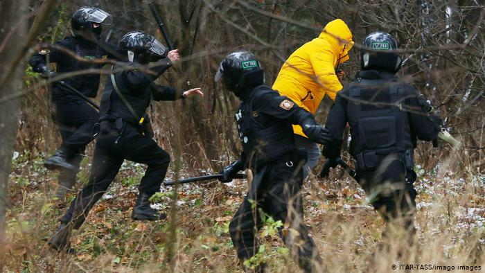 Photo of Беларусь: в Минске задерживают участников «Марша соседей»