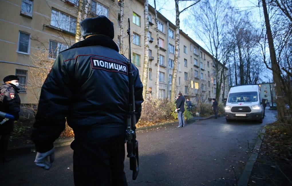 Photo of Петербуржец, захвативший в заложники шестерых детей, сдался полиции