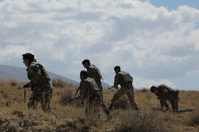 Photo of Սոթքի ոսկու հանք են ներթափանցել 80 ազերի զինվորական․ ԱԺ պատգամավոր Հ. Բաբայան