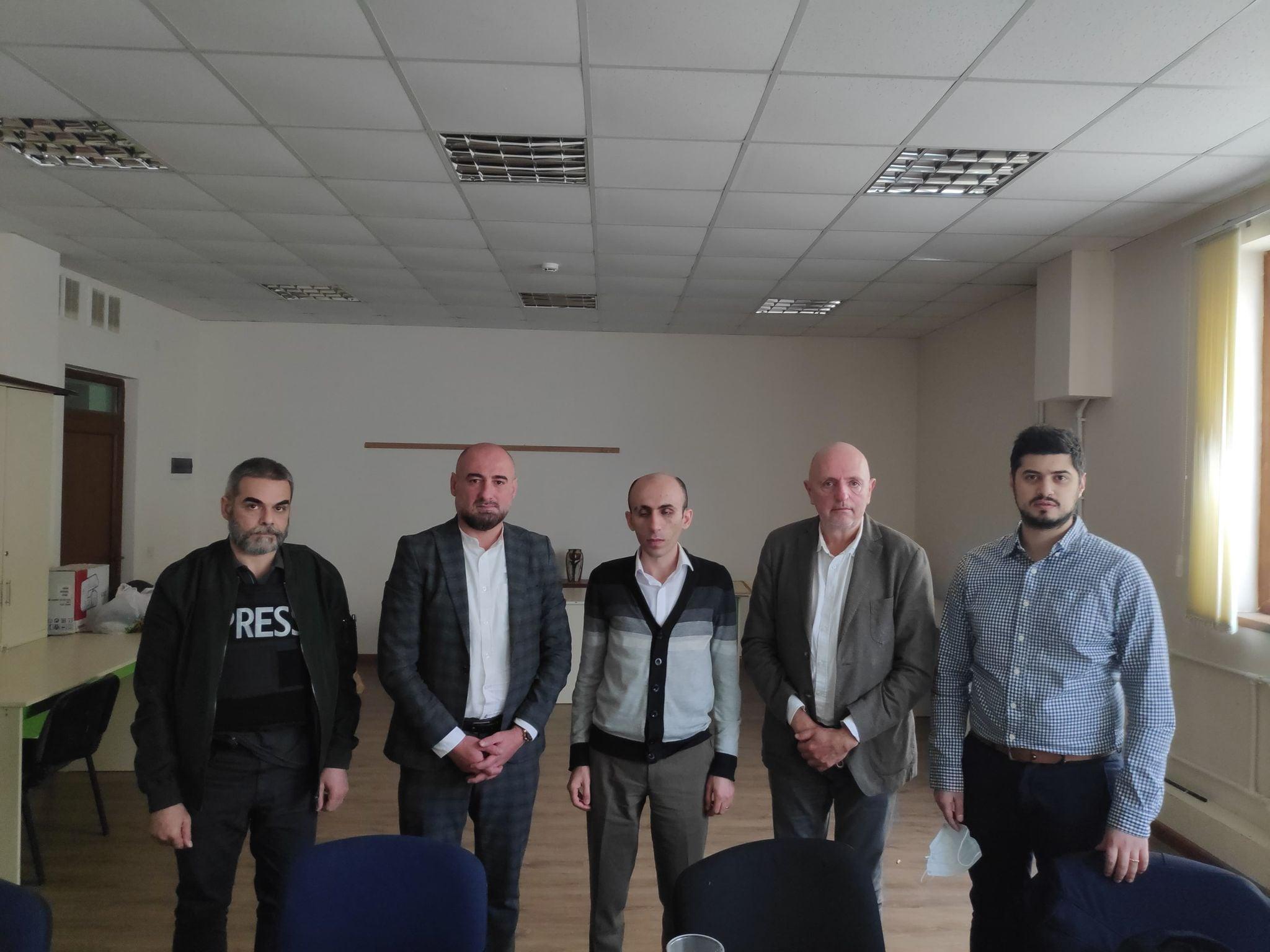Photo of Защитник прав человека Арцаха встретился с депутатом бельгийского парламента Жоржем Далманом
