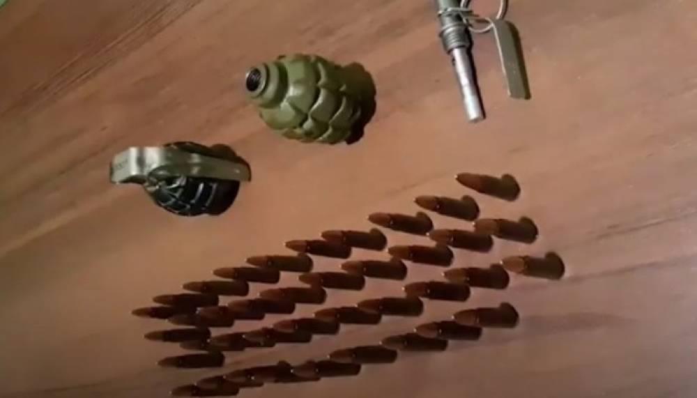 Photo of Վարդենիսի ոստիկանները Արցախից բերված զենք-զինամթերք են հայտնաբերել