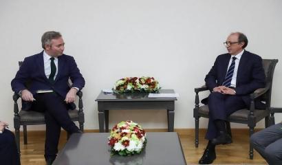 Photo of Արա Այվազյանը հանդիպել է Ֆրանսիայի ԱԳ պետքարտուղար Ժան-Բատիստ Լըմուանի հետ