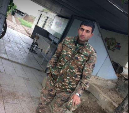 Photo of «Այ մամ, ի՞նչ արձակուրդ, հարձակվել են մեր գումարտակի վրա, զինվորս վիրավոր է». շիրակցի 24-ամյա սպան մինչև վերջին շունչը կռվեց հանուն հայրենիքի