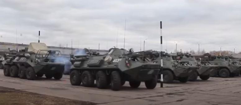 Photo of Колонна военной техники российских миротворцев готовится к отправке в Карабах
