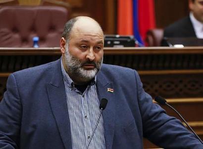 Photo of Депутат от блока «Мой шаг» Вараздат Карапетян представил заявление об отказе от мандата