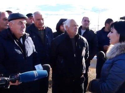Photo of Սոթքի ոսկու հանքի աշխատակիցները բողոքի ակցիա են իրականացնում