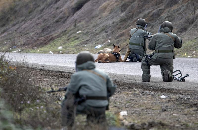 Photo of Reuters сообщил о разногласиях Турции и России по миротворцам в Карабахе