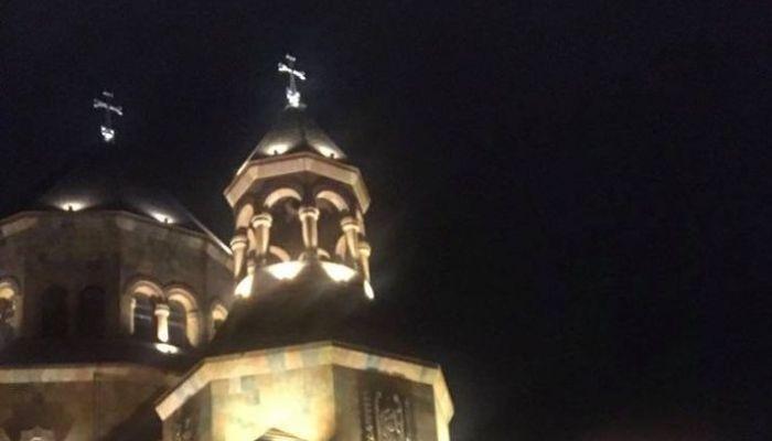 Photo of «Наш любимый и раненый Степанакерт вновь освещается и зовет своих детей». Омбудсмен Республики Арцах Артак Бегларян