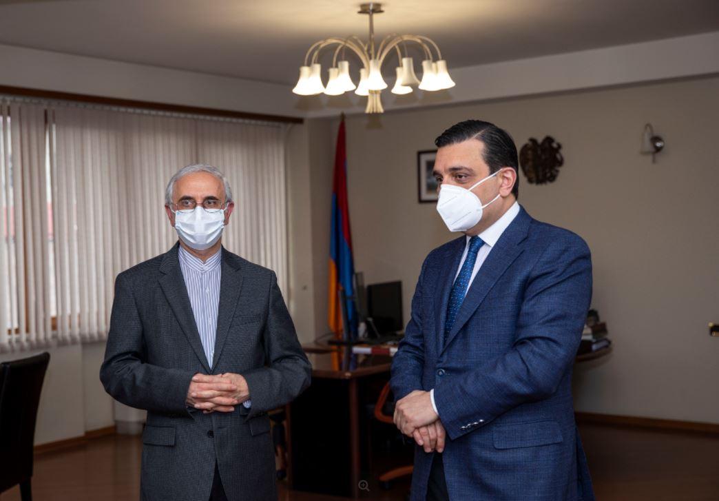 Photo of ԵՊԲՀ ռեկտորը և Իրանի դեսպանը քննարկեցին համագործակցության հեռանկարները