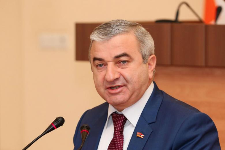 Photo of Ашот Гулян подал в отставку с поста советника спикера НС Арцаха