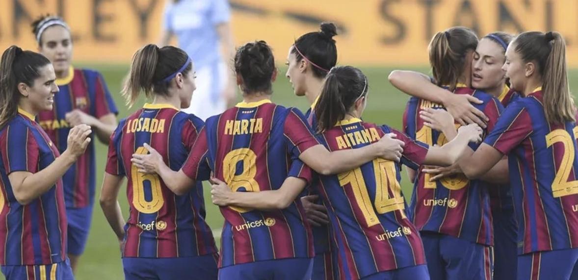 Photo of Безумие: женская команда «Барсы» выиграла 21 матч дома, забив 102 гола