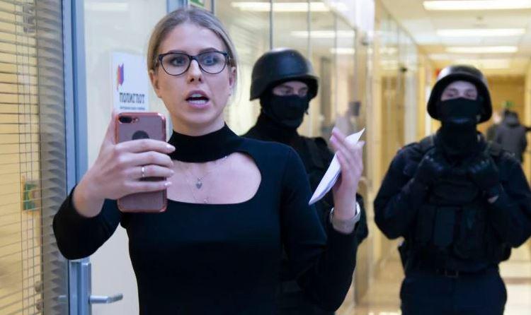 Photo of В Москве задержали Любовь Соболь. Она снимала репортаж о предполагаемых отравителях Навального