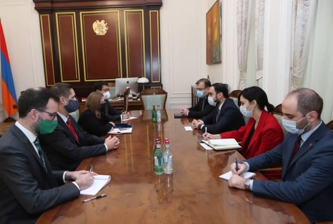 Photo of Вице-премьер Армении Тигран Авинян принял посла США