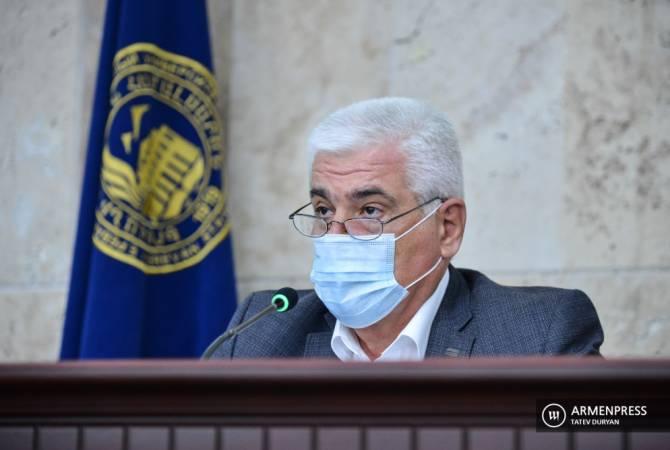Photo of Դատարանը որոշել է դադարեցնել ԵՊՀ ռեկտորի պաշտոնակատար Գեղամ Գևորգյանի լիազորությունները