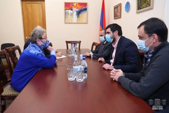 Photo of Члены Постоянной комиссии НС по вопросам европейской интеграции встретились с главой делегации ЕС