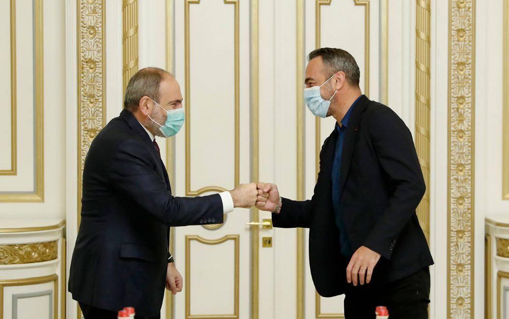 Photo of Премьер-министр принял братьев Джоркаефф