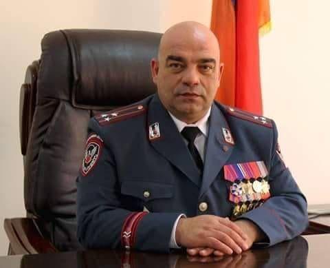 Photo of Заместитель командующего войсками полиции представил рапорт об увольнении и присоединился к народу.