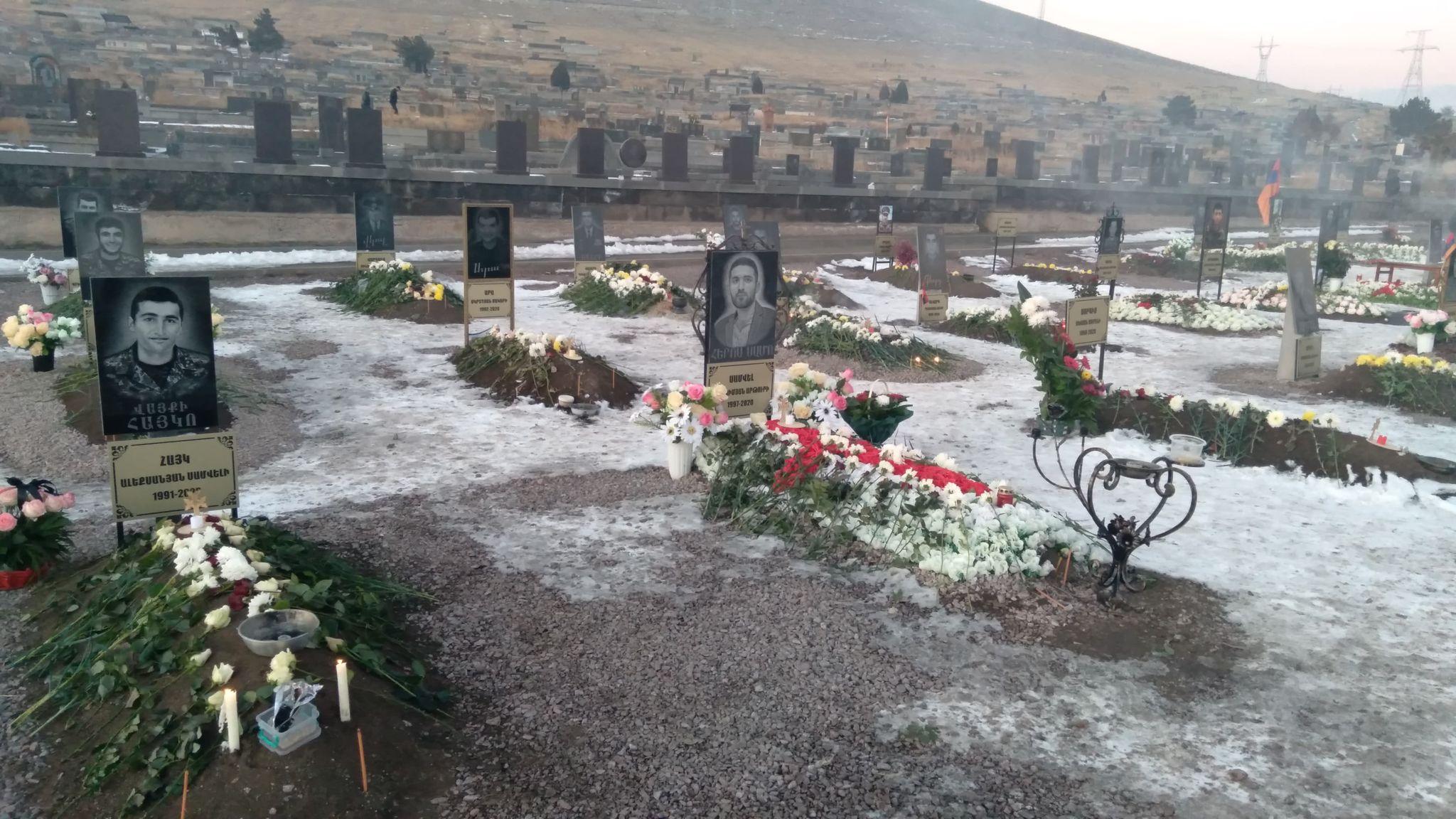 Photo of Շիրակ գերեզմանատան պանթեոնը (ֆոտոշարք)