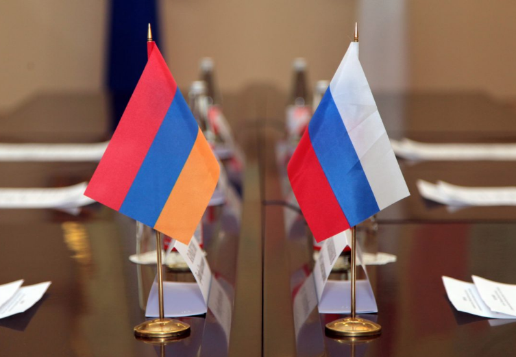 Photo of РФ безвозмездно предоставила Армении 10 миллионов евро для оказания помощи беженцам из Карабаха