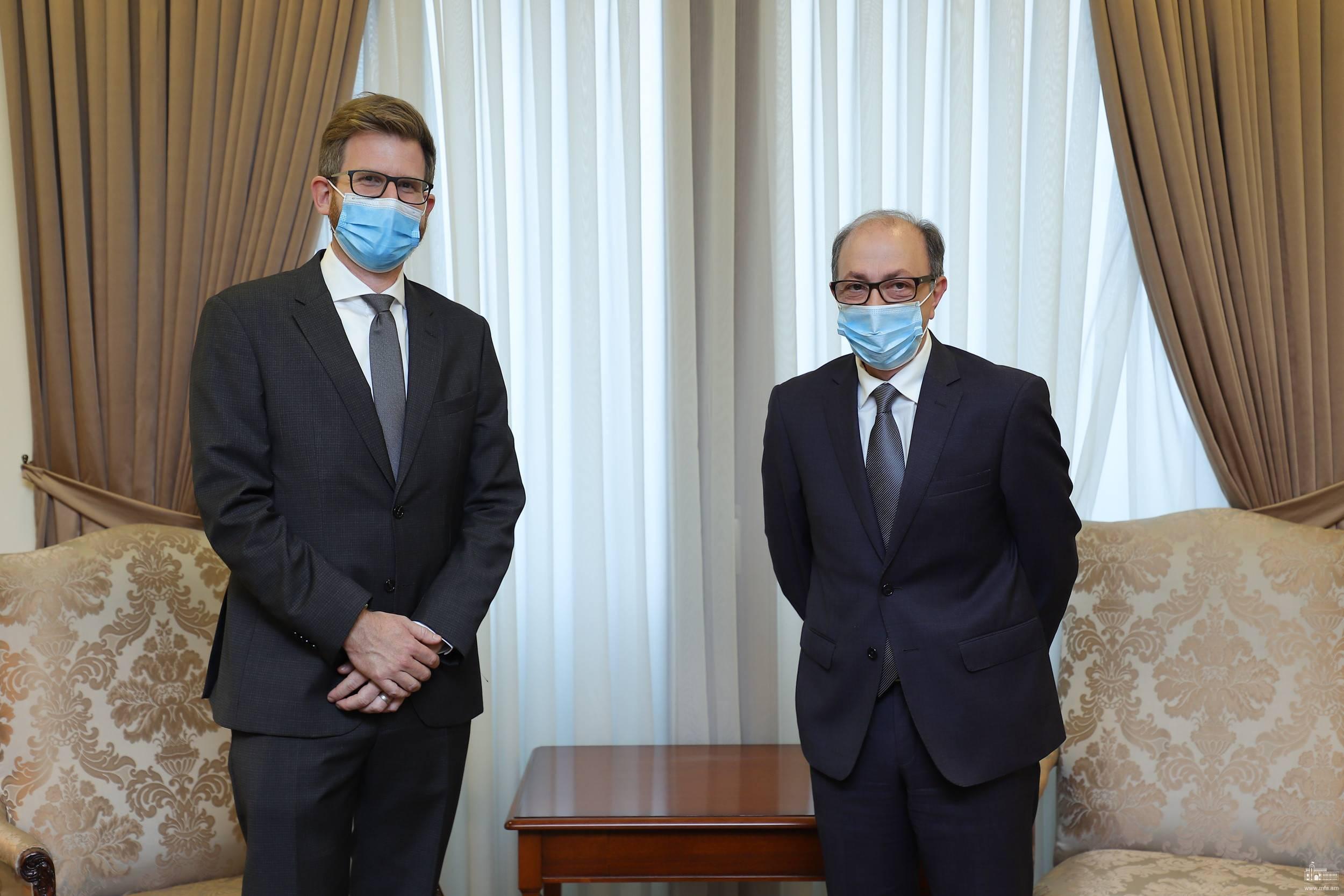 Photo of ՀՀ ԱԳ նախարար Արա Այվազյանը հանդիպել է Կարմիր խաչի միջազգային կոմիտեի ներկայացուցիչների հետ