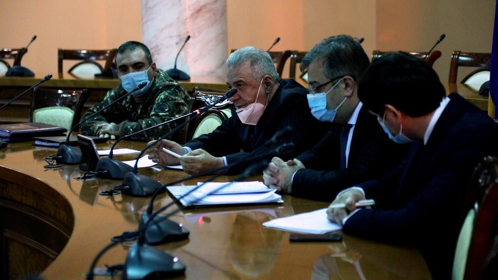 Photo of Министр обороны встретился с родственниками пленных военнослужащих
