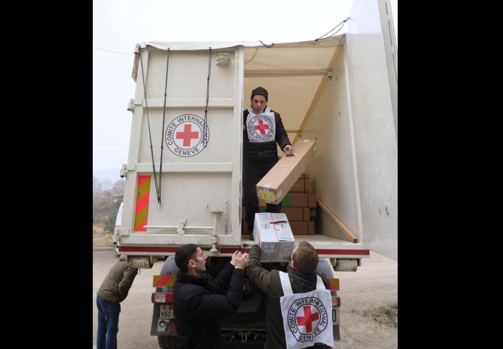 Photo of Красный Крест предоставил стройматериалы для ремонта 500 домов в Арцахе